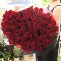 108本のバラの花束!